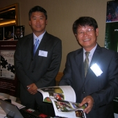 Representatives from Golf Champion magazine shared information about their publication at the media exhibition hall.